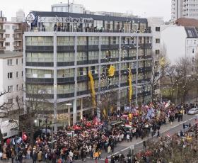 ב-13 בינואר 2007, אלפי סיינטולוגים ואורחים מארגון האומות המאוחדות, משגרירות ארצות-הברית ומסוכנויות ידיעות אירופיות, השתתפו בחגיגה הגדולה של הפתיחה החגיגית של ארגון הסיינטולוגיה בברלין.